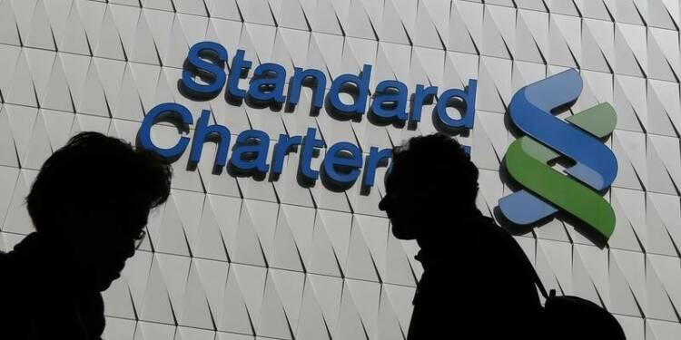 Dividende StanChart divisé par deux, appel au marché pas exclu