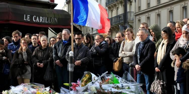 Attentats à Paris : intensification des frappes, révision de la constitution... les annonces de Hollande