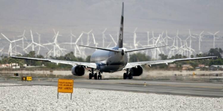 La hausse du trafic aérien mondial a ralenti en juin