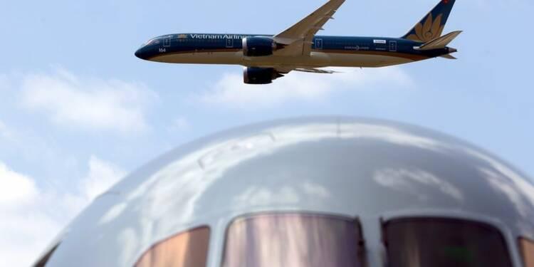 Boeing engrange 145 commandes fermes au Bourget