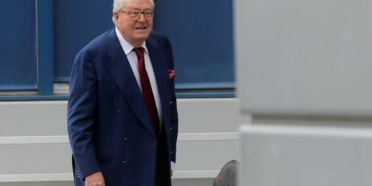 Vague de perquisitions visant Jean-Marie Le Pen
