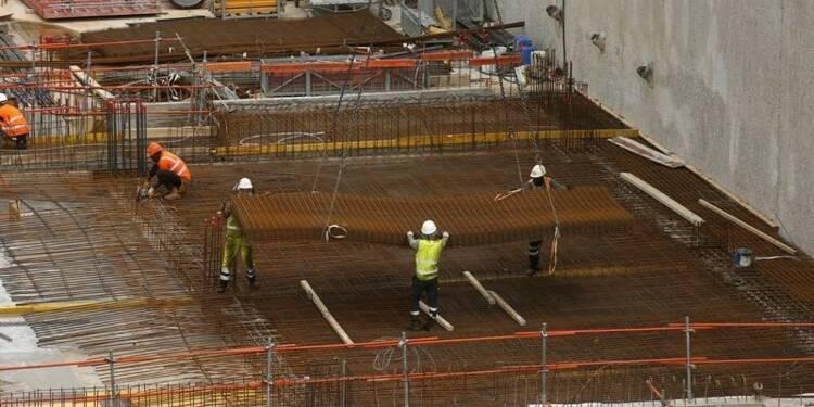 La construction en France freine encore la croissance