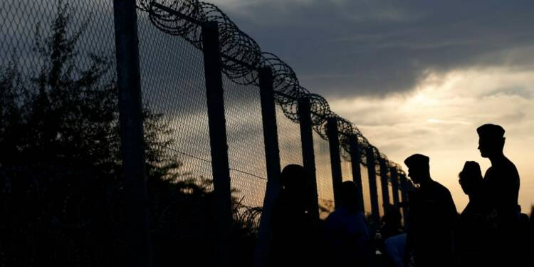 Une moitié de Français donne raison au FN face aux réfugiés