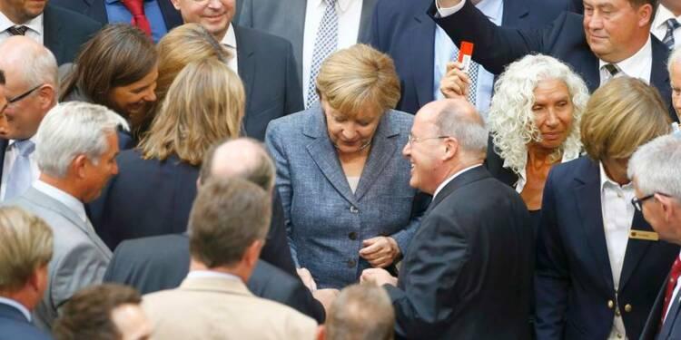 """Le Bundestag donne une """"nouvelle chance"""" à la Grèce"""