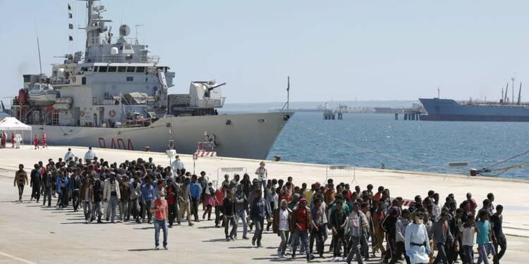 La Commission propose de répartir 20.000 migrants dans l'UE