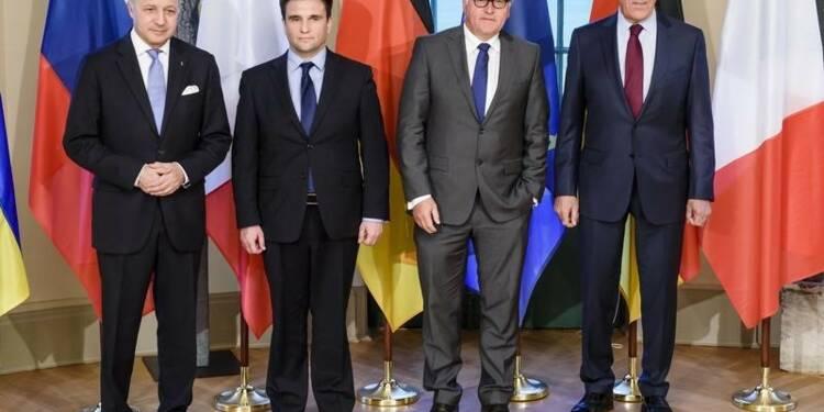 Accord à Berlin pour amplifier le retrait des armes en Ukraine