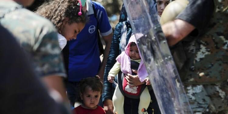 L'afflux de migrants se poursuit en Macédoine, grogne en Hongrie