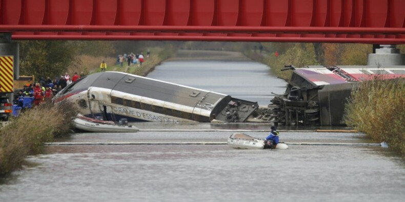 Déraillement du TGV d'essai qui a fait 11 morts  : La rame roulait trop vite