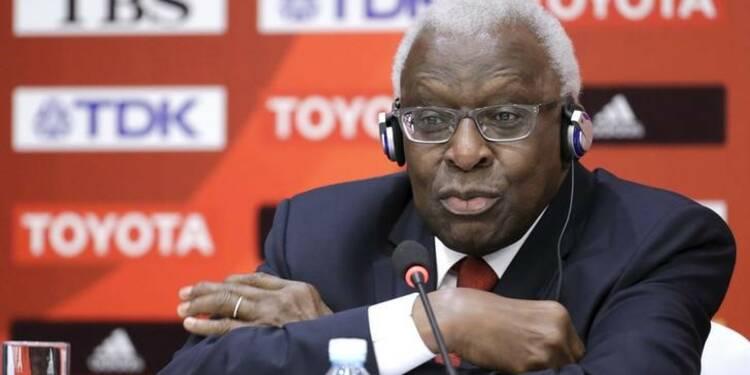 L'ex-président de l'IAAF, Lamine Diack, démissionne du CIO