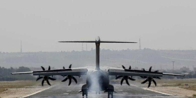 Un Airbus A400M achève son 1er vol d'essai depuis le crash
