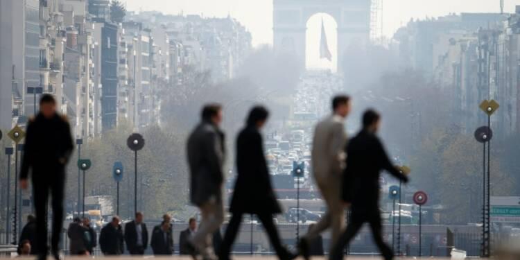 La croissance des services ralentit en France en avril