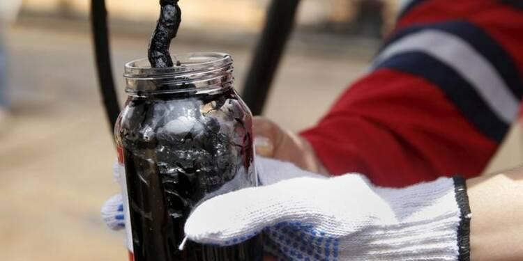 L'AIE relève sa prévision de demande mondiale de pétrole