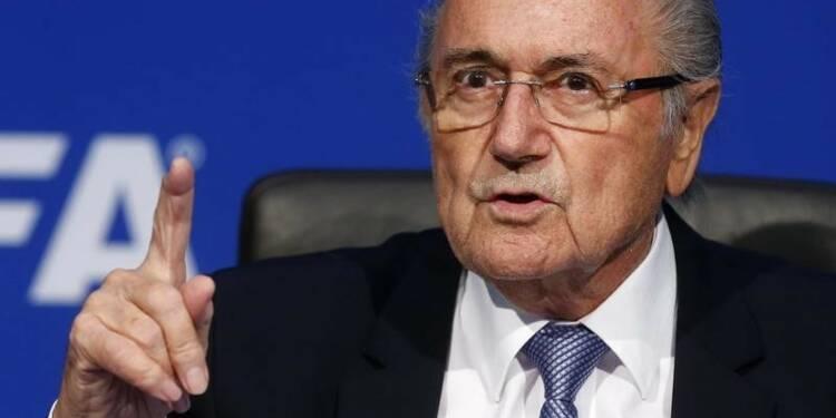 Sepp Blatter attaque les Etats-Unis, l'Angleterre et Platini