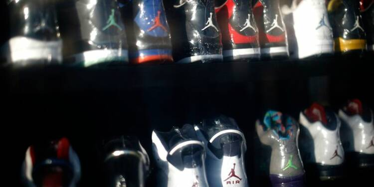 Hausse de 16% du bénéfice trimestriel de Nike, le CA déçoit