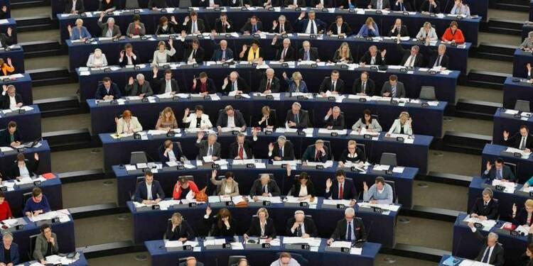 Manuel Valls exhorte ses ministres à investir la scène européenne