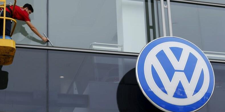 VW gèlerait des promotions après l'affaire des tests d'émissions
