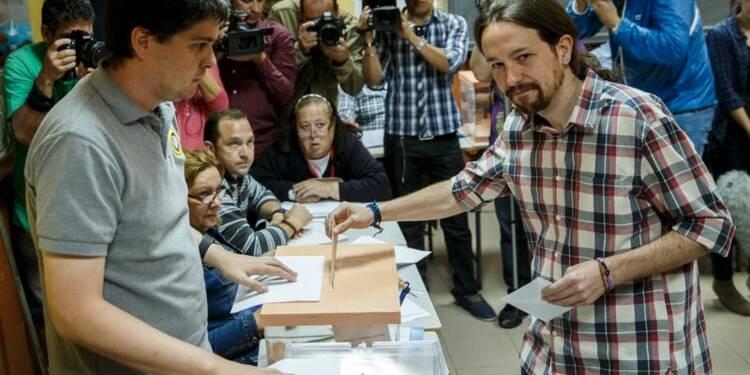 Le bipartisme en péril aux élections locales en Espagne