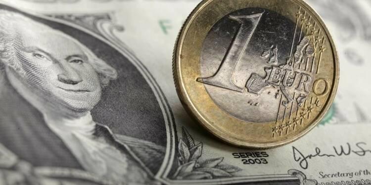 Le dollar à un pic d'un mois, aidé par Janet Yellen et le CPI