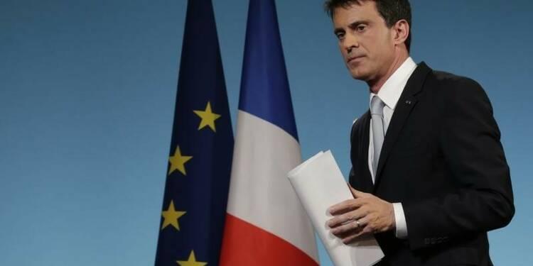 Manuel Valls dit ne pas entendre les critiques de son camp
