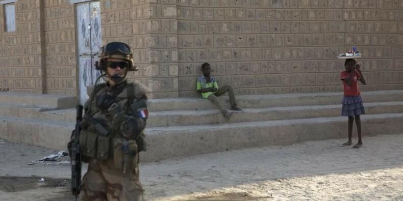 Le terrorisme doit être combattu partout, dit un général français