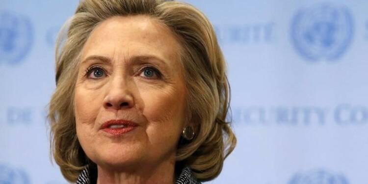 "Hillary Clinton tente de briser le ""plafond de verre"""