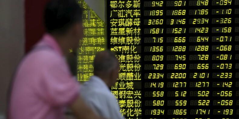 La Bourse de Shanghai plonge, entraînant les places asiatiques