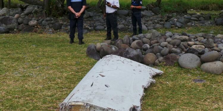 Le débris d'avion de La Réunion samedi en France métropolitaine