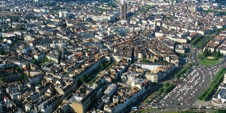 Manuel Valls propose une aide à l'investissement des communes