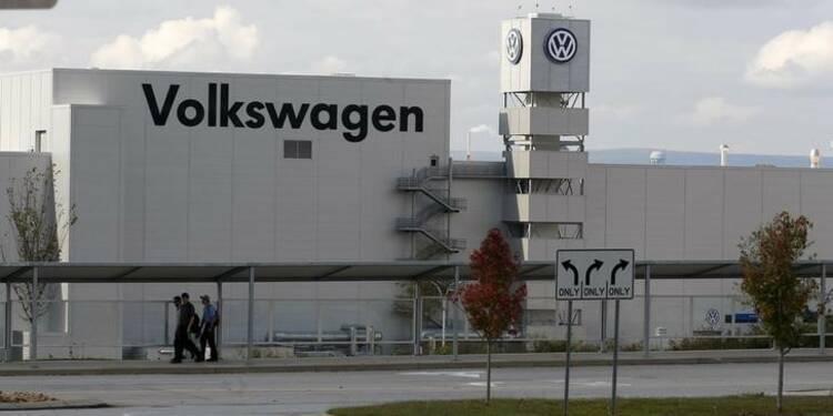 Bruxelles presse les Vingt-Huit d'élargir leurs enquêtes sur VW