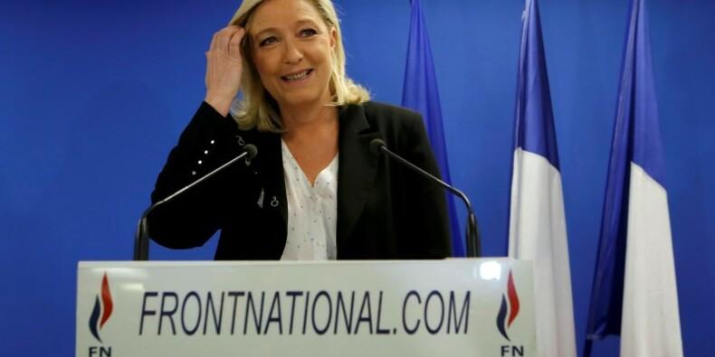 Marine Le Pen appelle à la démission de Manuel Valls