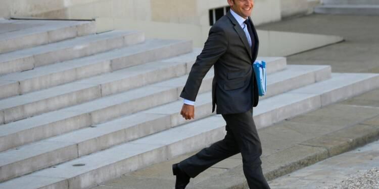 Macron demande à Alcatel d'attendre l'avis du HCGE sur Combes