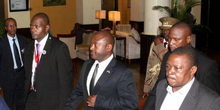 Le président burundais rentre au pays après l'échec du putsch