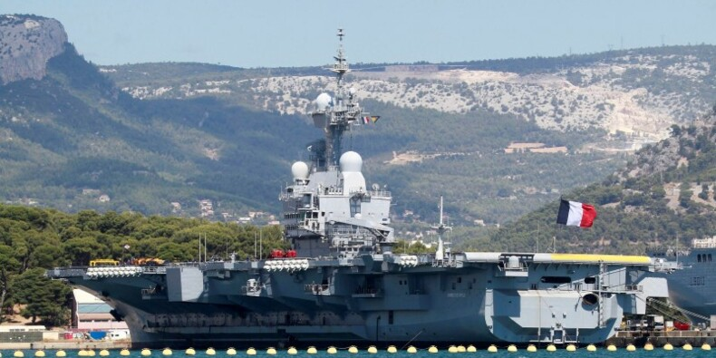 Le porte-avions Charles de Gaulle de retour à Toulon