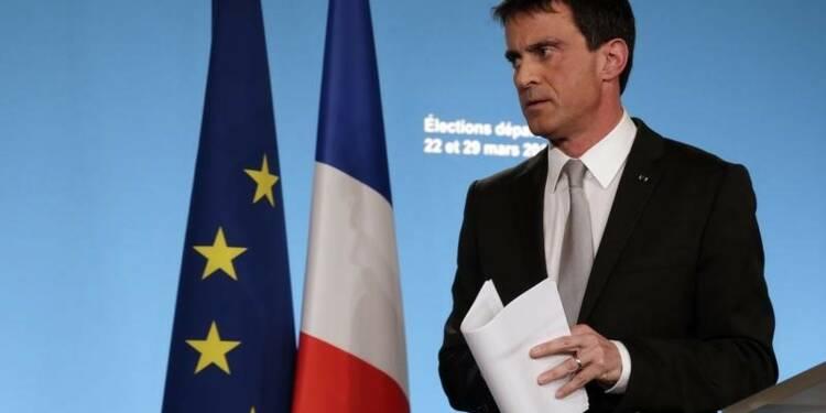 """La ligne du """"ni-ni"""" de l'UMP est une faute morale, estime Valls"""