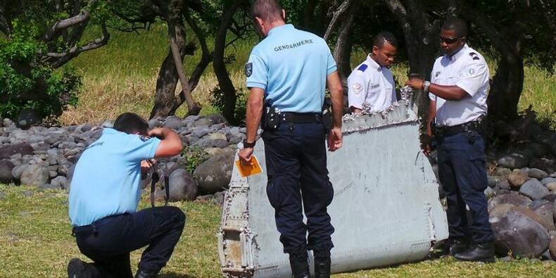"""""""Très fortes présomptions"""" que le débris provienne du vol MH370"""