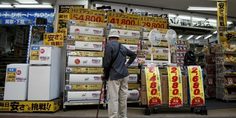 Ventes au détail en recul de 9,7% sur un an en mars au Japon