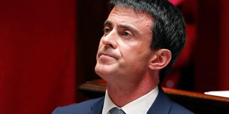 """Valls en appelle au """"sens de l'Etat"""" sur la loi renseignement"""