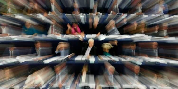 Le Parlement européen pour une interdiction totale du clonage