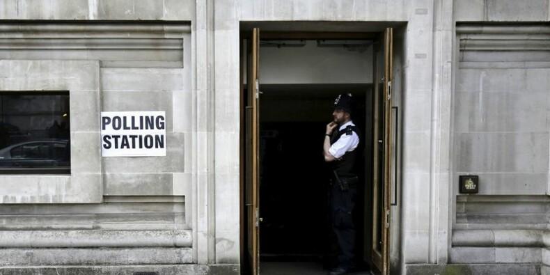 Les conservateurs donnés gagnants aux législatives britanniques