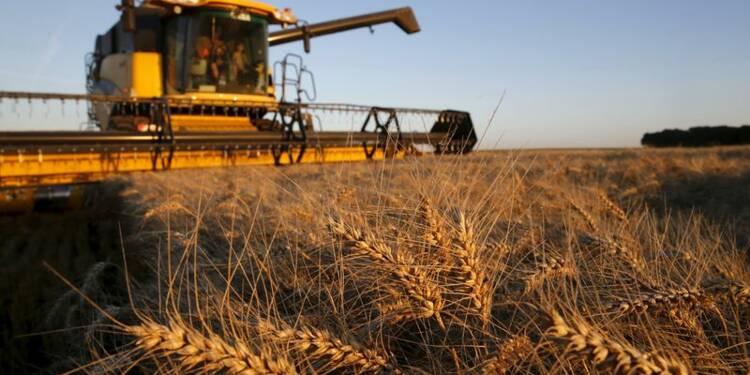 Hollande promet des mesures pour l'agriculture le 3 septembre