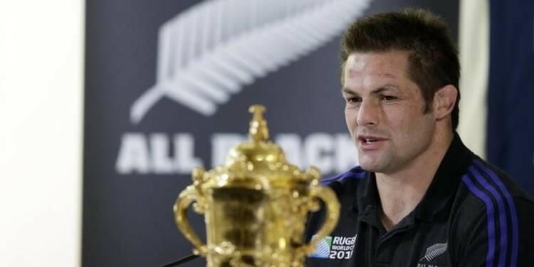 Le rugbyman néo-zélandais Richie McCaw annonce sa retraite