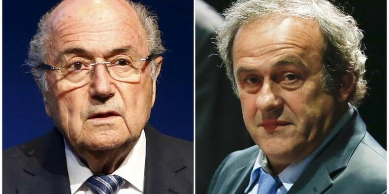 La FIFA se prononcera sur les cas Blatter et Platini en décembre