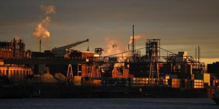 La croissance de l'industrie mondiale n'accélère plus