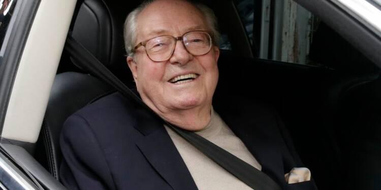 Le FN suspend Jean-Marie Le Pen et convoque une AG