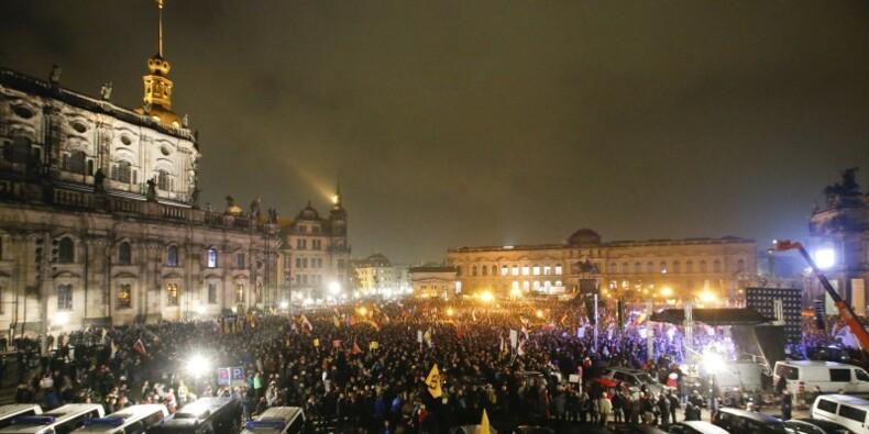 Grande manifestation anti-immigration à Dresde, en Allemagne