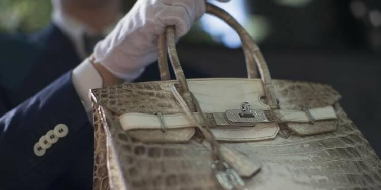 Jane Birkin s'accroche avec Hermès : bientôt la fin du célèbre sac en croco à son nom ?