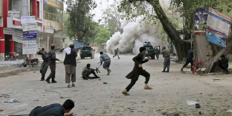 Un attentat fait 33 morts en Afghanistan, l'Etat islamique accusé