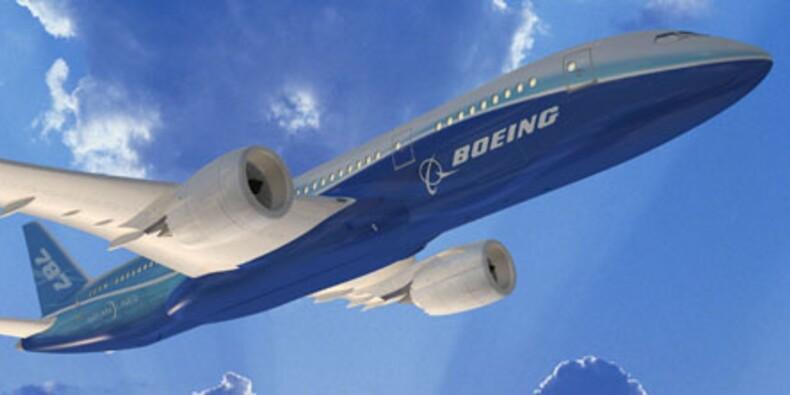 """Nouvelles menaces d'annulation de commandes du """"Dreamliner"""" de Boeing"""