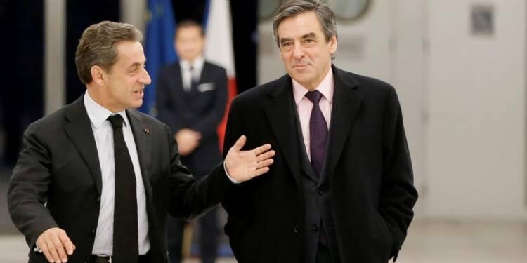 """François Fillon égratigne Nicolas Sarkozy, """"plébéien teigneux"""""""