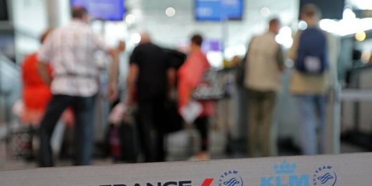 Des syndicats d'Air France n'excluent pas une grève en octobre